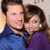 Lachey és Minnillo kamerák előtt házasodnak