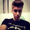 Ezért törölte le Justin Bieber a fotóját a fenekéről