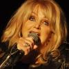 Ezrek köszöntötték magyarul Bonnie Tylert születésnapján