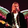 Felismerhetetlen szobrot kapott szülinapjára Kurt Cobain