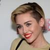 Feltöltette ajkait Miley Cyrus?