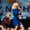 Fergeteges koncertet adott Elton John és Lady Gaga