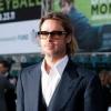 Furcsa ajándékot kapott Brad Pitt
