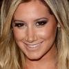 Hajszínt váltott Ashley Tisdale