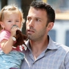 Halálra rémítették Ben Affleck lányát a fotósok