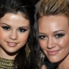 Hilary Duff megvédte Selena Gomezt