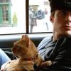 Ian Somerhalder cicákkal alszik