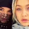 Így bolondozik Kendall Jenner és Gigi Hadid