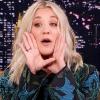 Így énekli az Agymenők főcímdalát Kaley Cuoco