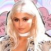 Így fest Kylie Jenner platinaszőkén