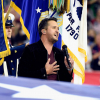 Így hangzott az amerikai himnusz Luke Bryan előadásában a tegnapi Super Bowlon