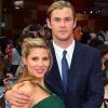 Ikrekkel várandós Chris Hemsworth neje