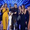 Cicaharccal és könnyek közt zajlott az idei MTV VMA!