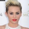 Ismét kirabolták Miley Cyrust
