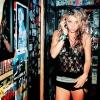 Kesha a Blow-val jelentkezik újra