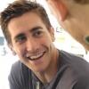 Jake Gyllenhaal diákokkal tölti napjait