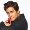 Jake Gyllenhaal rendezőnek áll