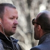 Jason Statham arcon köpött egy lesifotóst!