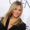 Jennifer Aniston az adoptálást fontolgatja?