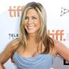 Jennifer Aniston sosem feküdne kés alá