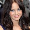 Jennifer Lawrence megvált szőke hajától