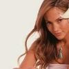 Jennifer Lopez szabadulni próbál emlékeitől