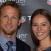 Jenson Button eljegyezte kedvesét, Jessicát