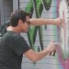 Jim Carrey művésznek állt