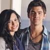 Joe Jonas szeretne újra jóban lenni Demivel
