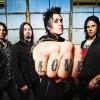 Jótékonysági koncertet ad a Papa Roach