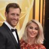 Julianne Hough beadta a válókeresetet férje ellen