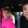Justin Bieber elbújt egy autóban, jól meglepte rajongóit
