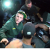 Justin Bieber elütött egy paparazzót – videó