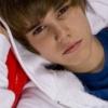 Justin Bieber parfümöt dob a piacra