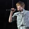 Justin Biebert megdobták egy vizesflakonnal!