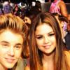 Justin Biebert arról kérdezték, megkéri-e Selena Gomez kezét