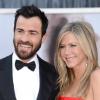 Justin Theroux nem rivalizál a feleségével, Jennifer Anistonnal