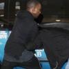 Kanye West rátámadt a fotósra — videó