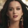 Katy Perry feltételek nélkül szeret