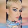 Katy Perry látványos showt akart... most megkapta!