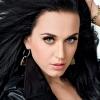 Katy Perry nagy mellekért imádkozott