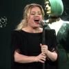 Kelly Clarkson feldolgozta Lady Gaga és Bradley Cooper Shallow-ját – videó