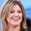 Kelly Clarkson visszatér