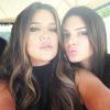 Khloe Kardashian leégette Kendall Jennert – videó