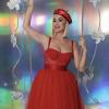 KIIS FM Jingle Ball: Katy Perry karácsonyi pirosban, Billie Eilish zöld-feketében bulizott