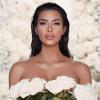 Kim Kardashian megmutatta, hogyan készült esküvői sminkje