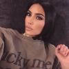 Kim Kardashian videóban mutatta meg, hogyan tünteti el pikkelysömörét