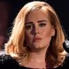 Roppant kínos helyzetbe került Adele