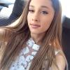 Kiosztotta szexista rajongóját Ariana Grande
