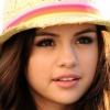 Kistestvére lesz Selena Gomeznek?